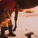 装蹄師になる方法と装蹄師の日常